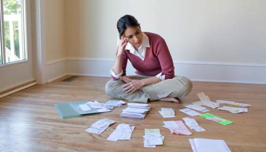 Woman-home-budget-540x308
